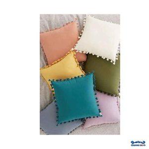 استفاده از لوازم دکوری و تزئینی و کوسن رنگی